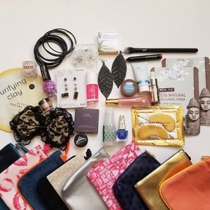 Other - Mystery Box - Accessories and Makeup Bundle Grab
